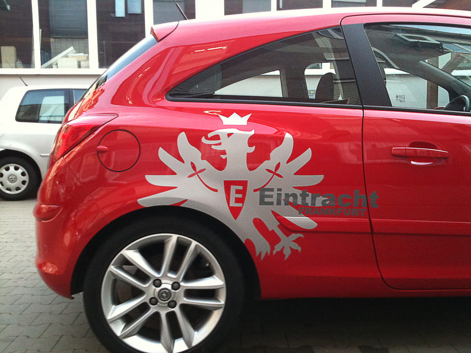 Private car lettering football motive club Eintracht Frankfurt for football fans of anplakt