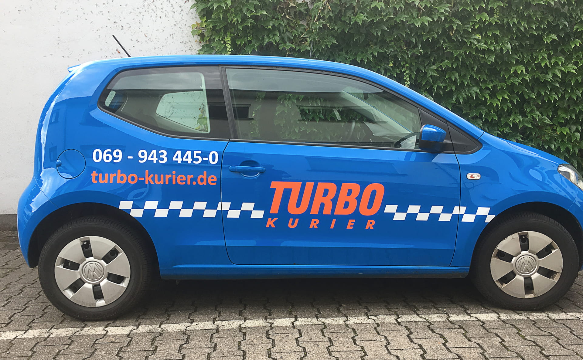 vehicle labelling (car lettering) for Turbo Kurier from anplakt